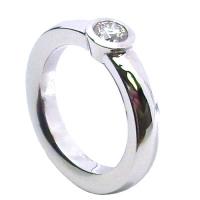 zasnubni-prsten-bile-zlato-diamant-1