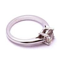 zasnubni-prsten-bile-zlato-diamant-7